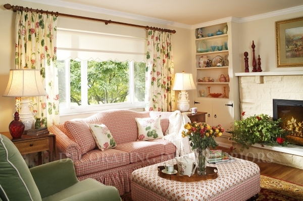 Alluring Decorating Solutions For Small Spaces Decorating Den Interiors Decorating Small Spaces