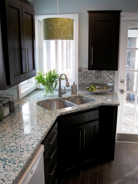 Wonderful Budget Friendly Before And After Kitchen Makeovers Diy Kitchen Small Kitchen Makeovers On A Budget