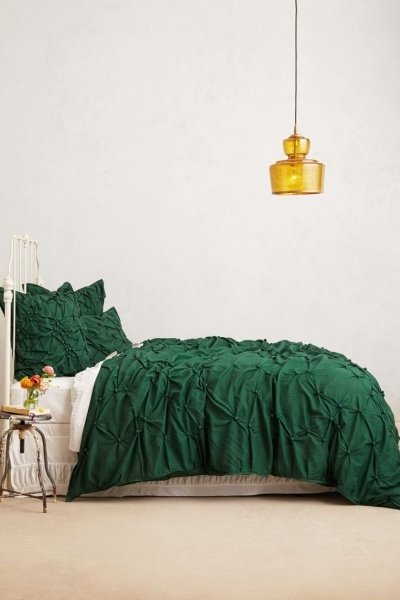 Alluring 1000 Ideas About Forest Green Bedrooms On Pinterest Green Small Master Bedroom In Forest Green