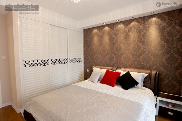 Alluring Wardrobes For Small Bedrooms Home Decorating Ideas Wardrobe For A Small Bedroom