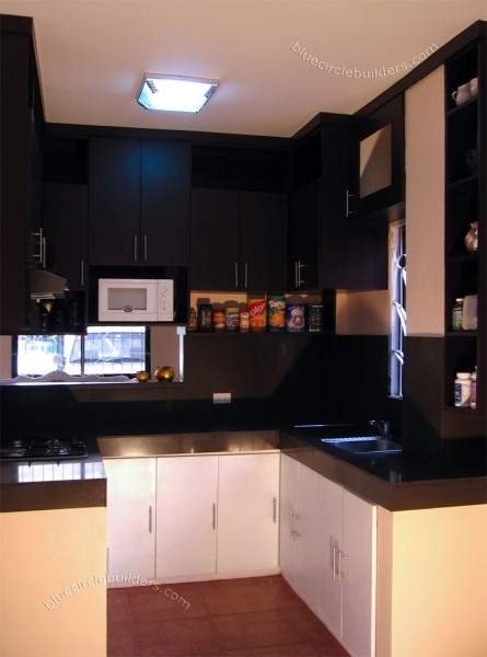 Awesome Small Kitchen Space Small Space Decorating Kitchen Design For Kitchen Designs For Small Spaces