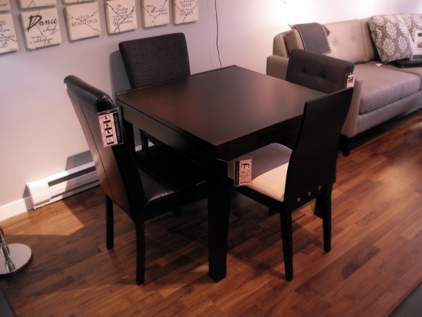 Beautiful Ideas Expandable Dining Table For Small Spaces Best Dining Table Best Small Dining Tables