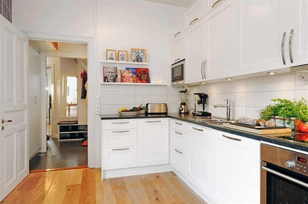 Incredible Decorate A Small Kitchen With Small Kitchen Decorating Ideas Small Kitchen Decorating Idea