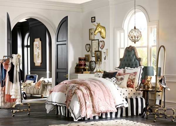 Incredible Pbteen Introduces New Collection With Designers And Fashion Pottery Barn Teen Small Room