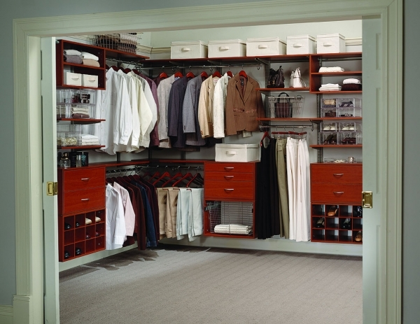 Incredible Walk In Wardrobe Ideas With Neat Interior Design Walk In Wardrobe Small Walk In Wardrobe Design