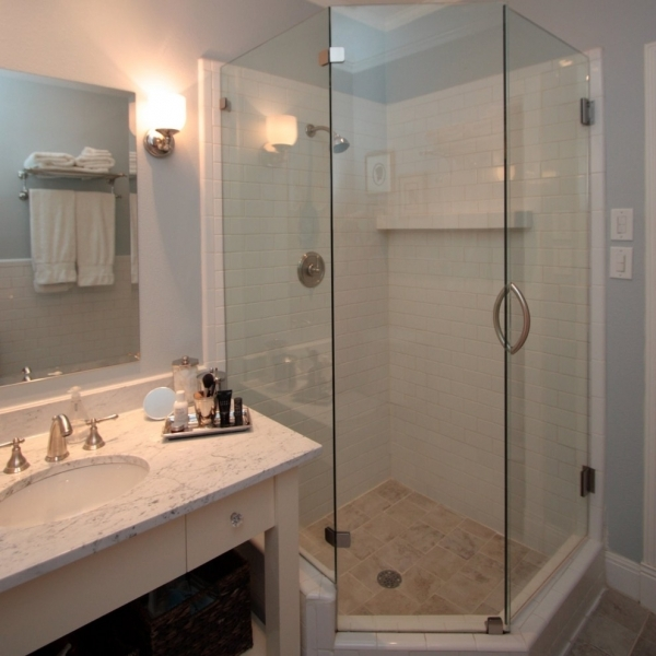 Picture of Cool Small Bathroom With Shower Room Inspirations Drawhome Small Bathroom Showers