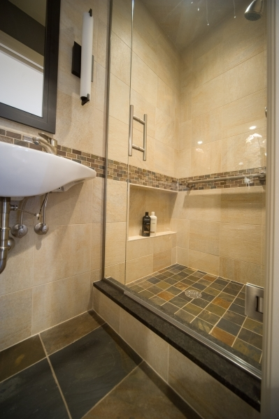 Remarkable 25 Bathroom Designs Ideas For Small Spaces To Look Amazing Magment Bathrooms Designs For Small Spaces