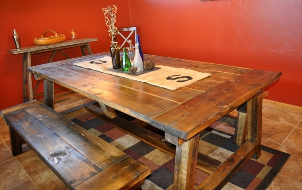 Wonderful Furniture Reclaimed Wood Diy Trestle Farmhouse Table With Double Bench Seat And Burlap Table Runner For Small Rustic Dining Room Spaces Ideas Diy Farmhouse Small Bench Table