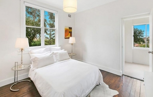 Delightful How To Make A Small Bedroom Look Bigger Elegant Homes How To Make Small Bedroom Look Larger