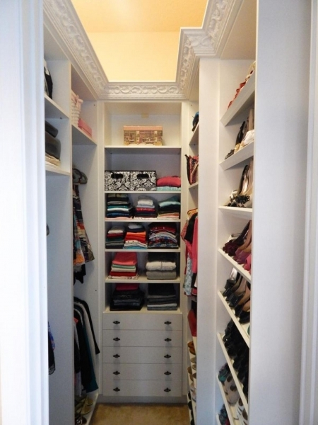 Fascinating Best Small Walk In Closet Ideas Drawhome Closets For Small Spaces Ideas