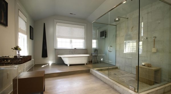 Small Houses Master Bathrooms