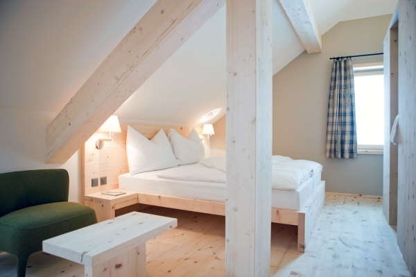 Incredible Amazing Of Incridible Attic Space Design Ideas For At 1677 Small Bedroom Ideas Attic Design