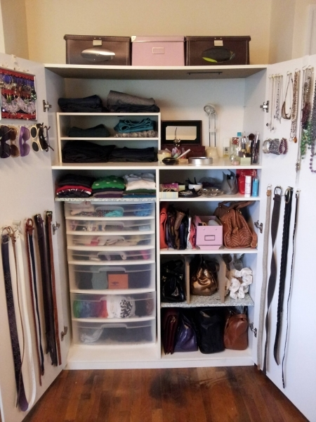 Incredible How To Organize A Lot Of Clothing In Very Little Closet Space Wardrobe Small Apartment