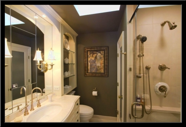 Stunning Small Master Bathroom Makeover Ideas Small Bathroom Small Bathroom Small Master Bathroom Makeovers