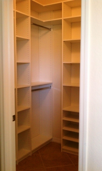 Awesome 1000 Ideas About Small Closets On Pinterest Small Closet Small Walk In Closet Ideas