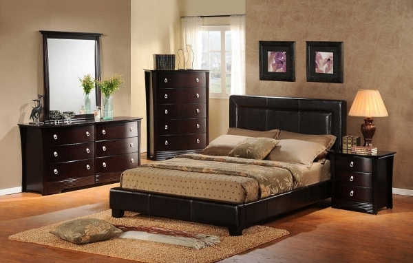 Amazing Decorating Ideas For Small Endearing Bedroom Decor Ideas On A Bedroom Decorating Ideas Small Budget