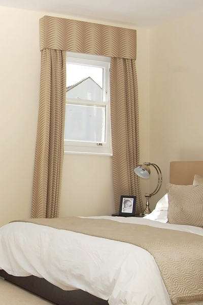 Delightful Small Bedroom Window Curtain Home Decor Furnishings Amp Accents Best Curtain For A Small Bedroom
