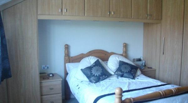Fitted Bedroom Furniture For Small Rooms