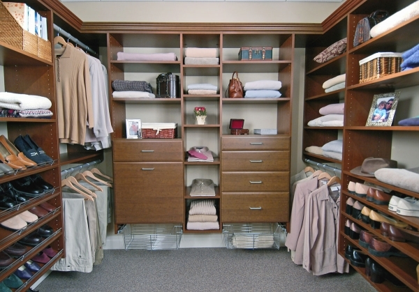 Awesome Amazing Small Walk In Closet Ideas Closet Design Ideas Small Walk In Closet Idea