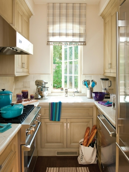 Awesome Small Kitchen Windows Pictures Ideas Amp Tips From Hgtv Kitchen Small Kitchen With Window