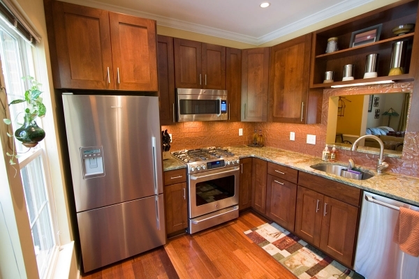 Delightful Kitchen Design Ideas And Photos For Small Kitchens And Condo Small Condo Kitchen Remodeling Ideas