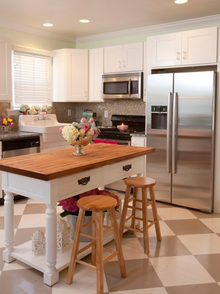 Inspiring Small Kitchen Layouts Pictures Ideas Amp Tips From Hgtv Kitchen White Small Kitchen Remodeling Ideas