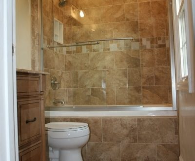 Small Remodeling Bathrooms Ideas
