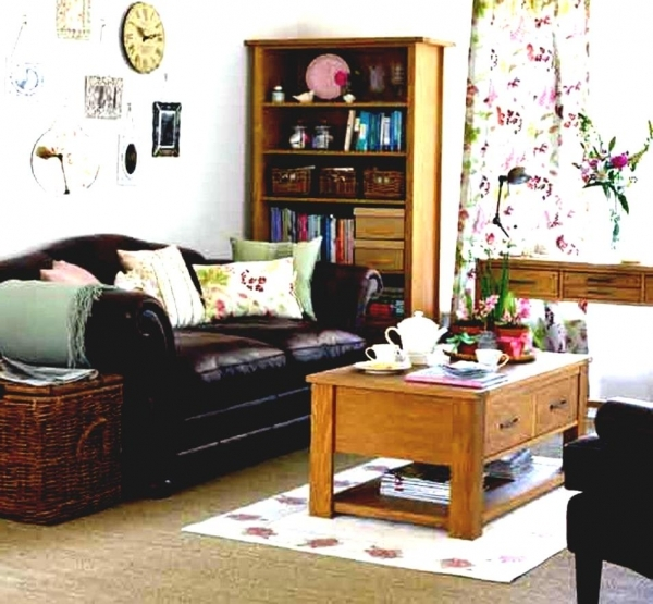 Stunning Small Spaces Design Ideas For Living Room The Most Amazing Along Best Decorating For Small Spaces