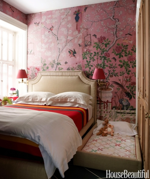Picture of 10 Small Bedroom Decorating Ideas Design Tips For Tiny Bedrooms Bed Designs For Small Rooms