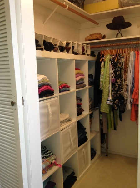 Marvelous Small Walk In Closet With White Wooden Cube Racks And Vinyl Shoe Small Walk In Wardrobe Design