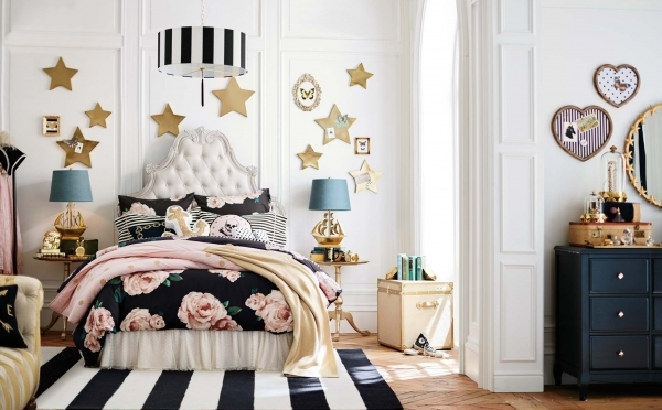 Stylish Pbteen Unveils New Collection With Fashion Duo Emily Current And Pottery Barn Teen Small Room