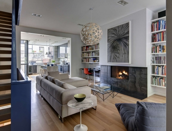 Wonderful Stylish Townhouse Interior In New York Living Room With Fireplace Fire Places For Small Town Houses