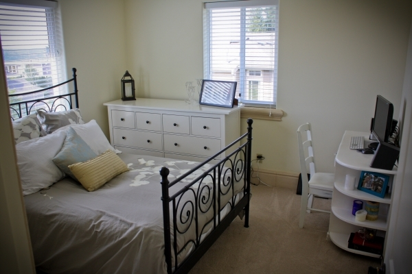 Fantastic Fetching Bedroom Full Size Bed Small Bedroom With Black Iron Bed Small Bedroom With Full Bed