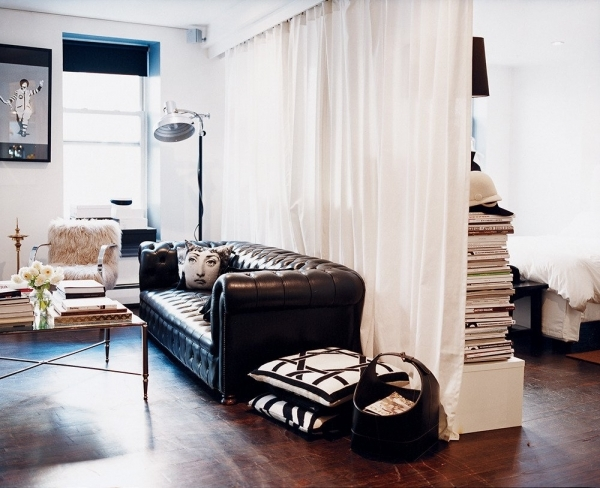 Fascinating How To Style A Bed In A Studio Apartment Popsugar Home How To Arrangement A Small Studio And Cooking Place