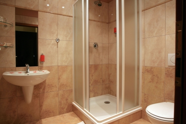Stylish Simple Bathroom Design For Small Space Bathroom Design Ideas Simple Small Bathroom Designs